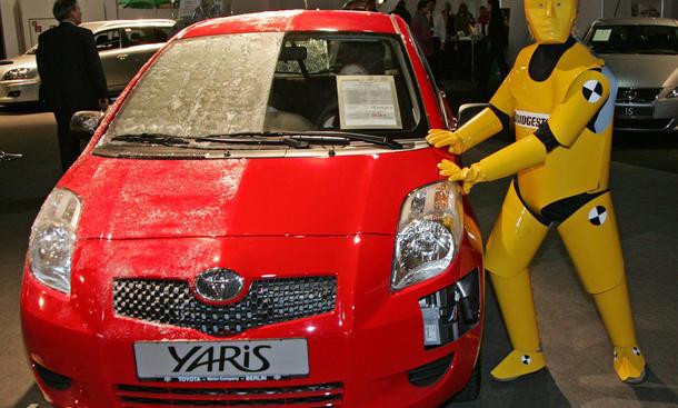 Toyota Rückruf 2014 Yaris RAV4 Hilux technische Probleme Massenrückruf