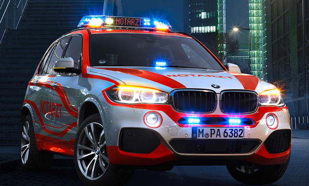 BMW X5 Notarzt 2014 RETTmobil Einsatzfahrzeug Rettungswagen