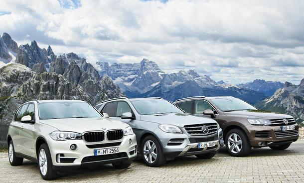 BMW X5 xDrive25d Mercedes ML 250 VW Touareg SUV Vergleich Bilder technische Daten