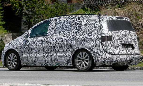 2015 - [Volkswagen] Touran - Page 2 Erlk%C3%B6nig-VW-Touran-2014-Kompakt-Van-4