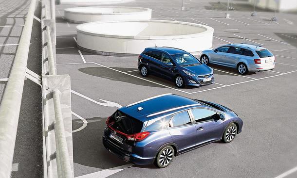 Honda Civic Tourer Hyundai i30 Kombi Skoda Octavia Combi Kompakt-Kombi Vergleich Bilder technische Daten