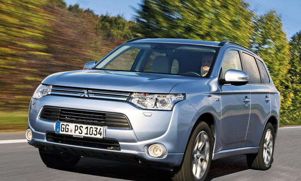 mitsubishi plug in hybrid outlander hybrid suv im test und. Black Bedroom Furniture Sets. Home Design Ideas