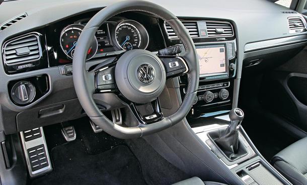 kompaktsportler im vergleichstest bmw m235i seat leon cupra vw golf r mehr bild 27. Black Bedroom Furniture Sets. Home Design Ideas