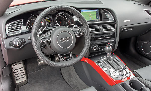 bmw m4 vs audi rs 5 sportcoupe vergleich bild 4. Black Bedroom Furniture Sets. Home Design Ideas