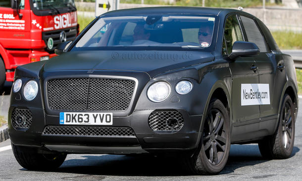 Bentley SUV 2016 Erlkoenig V12 Luxus Offroader Spyshots Prototyp