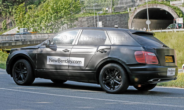 2015 - [Bentley] Bentayga - Page 2 Bentley-SUV-2016-Erlkoenig-V12-Luxus-Offroader-04