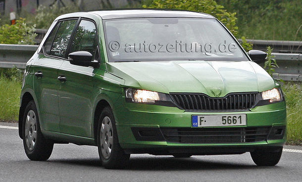 skoda fabia 2015 erlk nig zeigt kleinwagen fast ungetarnt. Black Bedroom Furniture Sets. Home Design Ideas