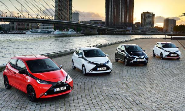 Toyota Aygo 2014 Preis technische daten Citycar Dreitürer Fünftürer Bilder