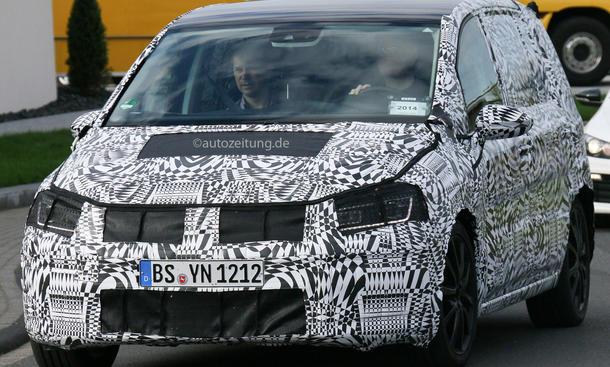 Erlkönig VW Touran 2015 Kompakt Van MQB Pariser Autosalon 2014