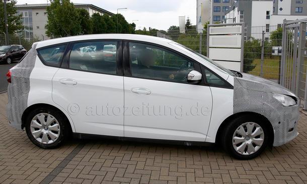 2014 - [Ford] C-Max Restylé - Page 2 Ford-C-Max-Facelift-2014-Erlkoenig-Kompakt-Van-03