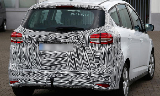 2014 - [Ford] C-Max Restylé - Page 2 Ford-C-Max-Facelift-2014-Erlkoenig-Kompakt-Van-05