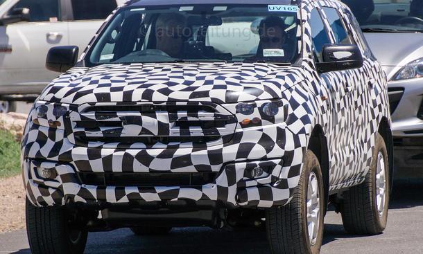 Ford Ranger 2015 SUV Erlkönig Siebensitzer SUV Prototyp Neuheiten
