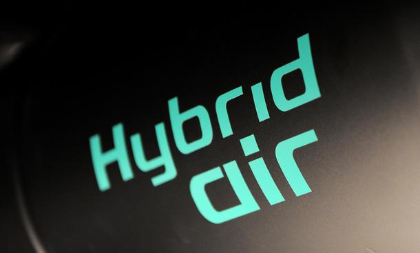 Hybrid-Air 2017 Technologie Druckspeicher Citroen Peugeot
