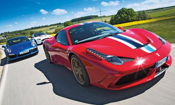 Vergleich: Ferrari 458 Speciale, Aston Martin V12 Vantage S, Porsche 911 Turbo S