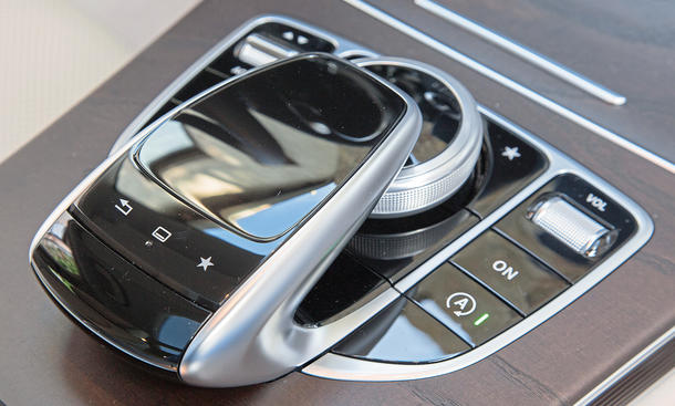 Mercedes C-Klasse Limousine T-Modell Kaufberatung Bilder technische Daten Steuerung