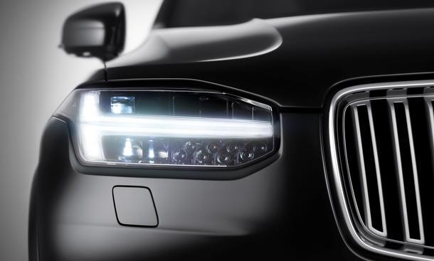 Volvo XC90 2015 SUV Geländewagen Pariser Autosalon 2014 Teaser Fotos Bilder Scheinwerfer LED