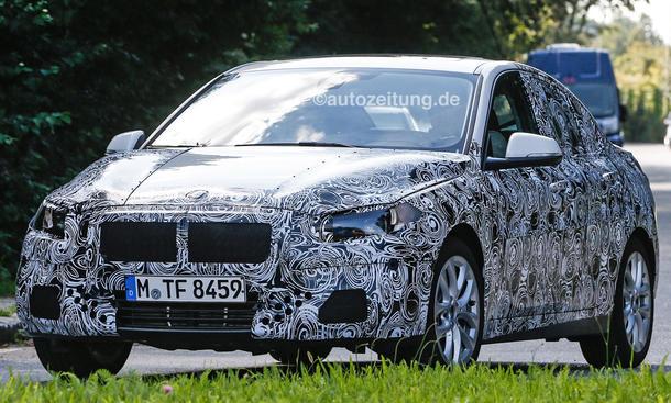 BMW 1er Limousine 2016 Erlkoenig Frontantrieb Stufenheck