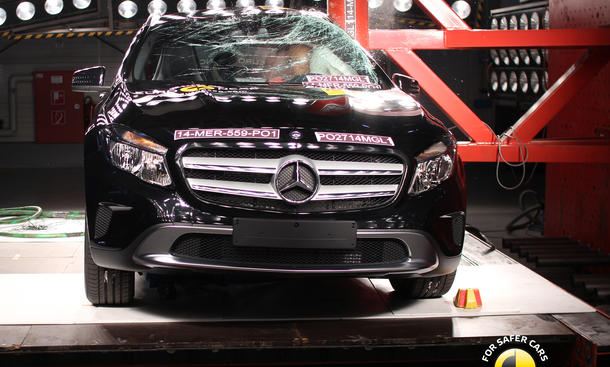 Euro NCAP Mercedes GLA 2014 Sicherheit Crash-Test Kompakt-SUV