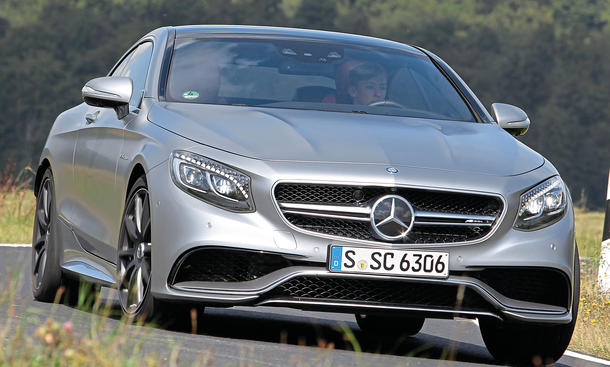 Mercedes S 63 AMG Coupé Luxusklasse Sportler Test Bilder