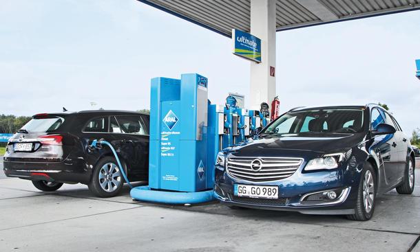 Opel Insignia 1.6 DI Turbo gegen 2.0 CDTI: Benziner vs. Diesel