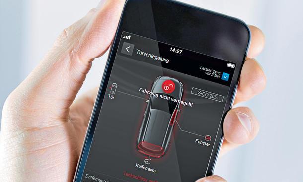 Trendreport Konnektivität Smartkey Mercedes Autoschlüssel
