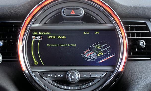 Mini Cooper Fünftürer 2014 Test Infotainment Bildschirm Funktionen