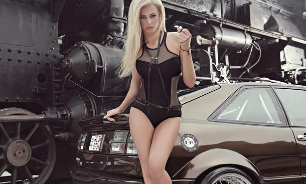 Miss Tuning Kalender 2014 Erotik Cars and Girls Leonie