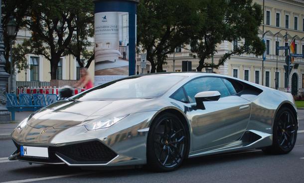 Print Tech Lamborghini Huracan Tuning Folierung Schwarz Chrom
