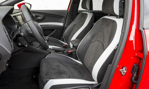kompaktsportler vergleich seat leon cupra vs vw golf gti. Black Bedroom Furniture Sets. Home Design Ideas