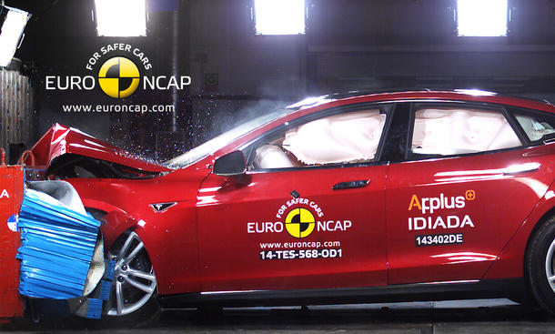 Euro NCAP Crashtest Tesla Model S 2014 Sicherheit Elektroauto