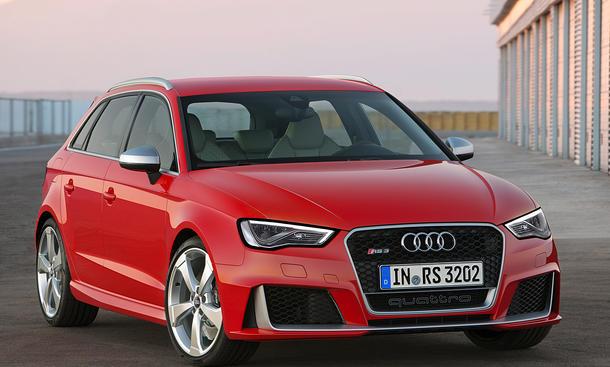 Audi RS3 2015 Kompaktsportler quattro fünfzylinder allrad bilder technische daten 1
