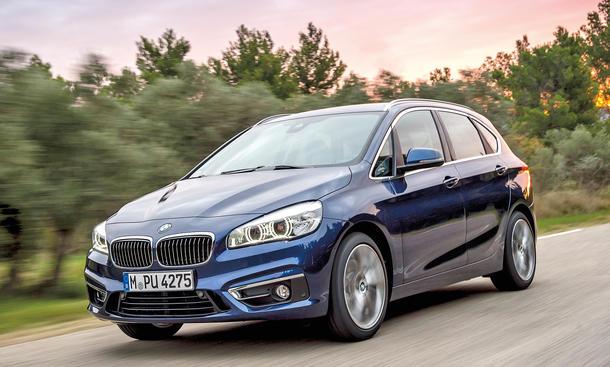 BMW 220d XDrive Active Tourer Fahrbericht Kompakt-Van Bilder technische Daten