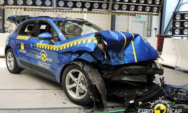 Euro NCAP Crashtest 2014 Porsche Macan Sicherheit SUV