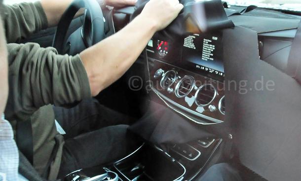 Mercedes E Klasse 2016 Innenraum Erlkoenig Oberklasse Limousine