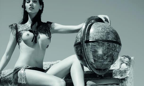 ToiToi Dixi Erotik Kalender 2015 Goettinnen Goddesses Oktober
