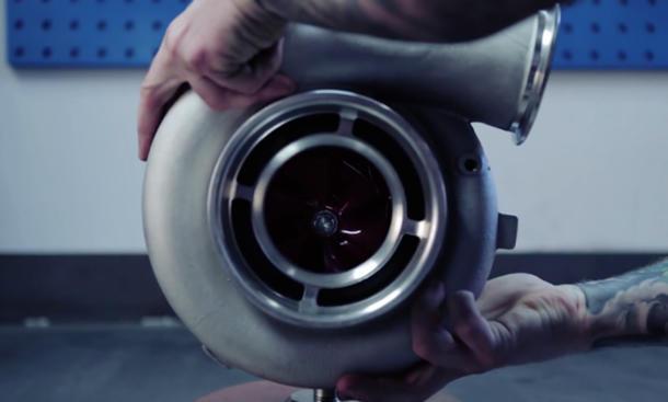 Frisch aus dem Netz: Innovativer Hybrid-Turbo
