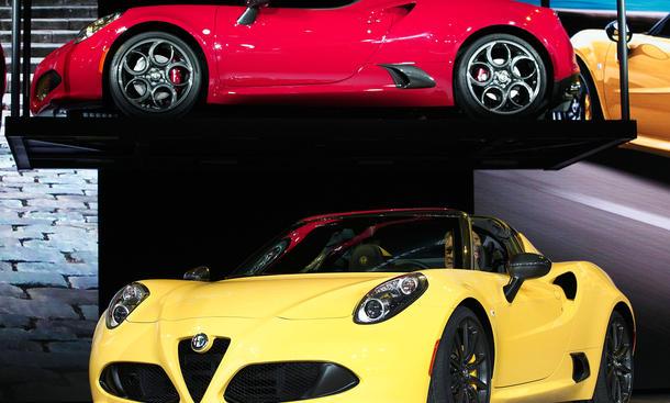 Alfa Romeo 4C Spider NAIAS Detroit Auto Show 2015 Roadster Premiere