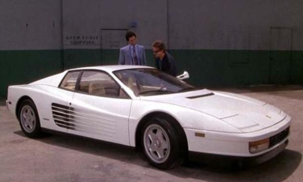 miami vice ferrari testarossa bei ebay auktion zu haben. Black Bedroom Furniture Sets. Home Design Ideas