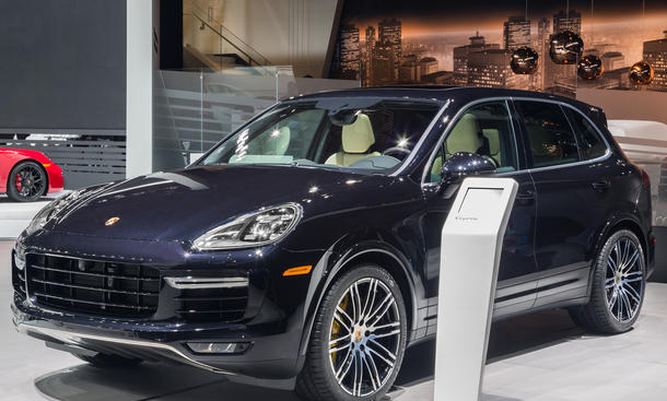Porsche Cayenne Turbo S 2015 Detroit Facelift Power SUV