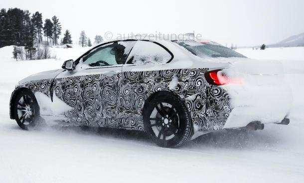 2016 - [BMW] M2 [F87] - Page 4 BMW-M2-Erlkoenig-2015-05