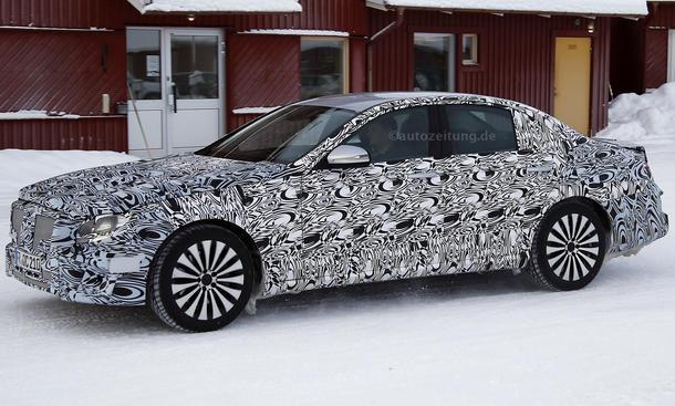 2016 - [Mercedes] Classe E [W213] - Page 6 Mercedes-E-Klasse-2016-Erlkoenig-bilder-oberklasse-limousine-0005