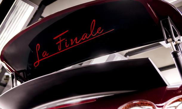 """Bugatti Veyron Grand Sport Vitesse """"La Finale"""" Genfer Autosalon 2015"""