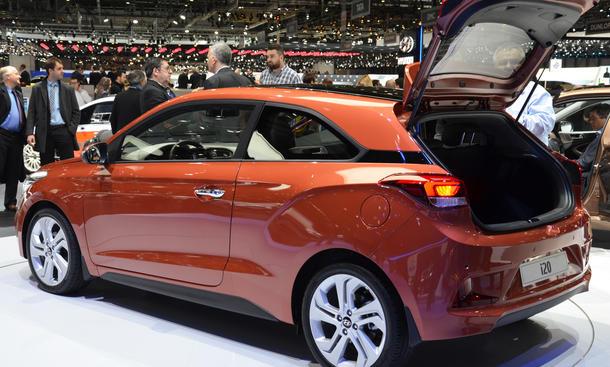 hyundai i20 coupe 2015 genfer autosalon kleinwagen premiere neuheiten heckansicht