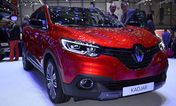 Renault Kadjar Genfer Autosalon 2015 Kompakt-SUV Bilder Motoren