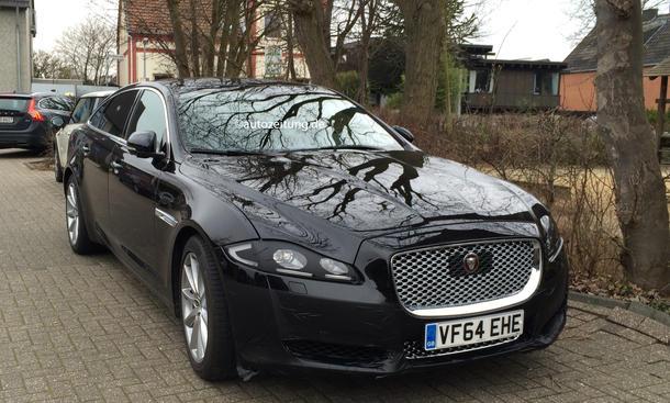 Erlkönig Jaguar XJ L Facelift 2015 Bilder Luxus-Limousine