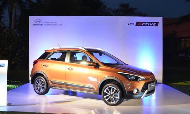 Hyundai i20 Active Crossover Neuheiten Premiere Indien