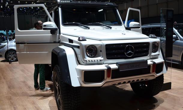 Mercedes G 500 4x4 SUV Genf Autosalon 2015 SUV Bilder frontansicht