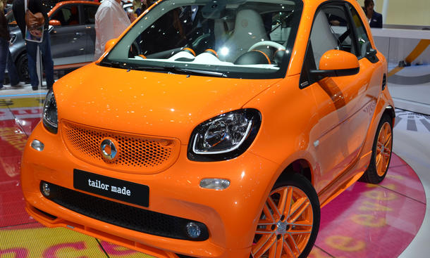 smart brabus tailor made fortwo tuning in genf 2015. Black Bedroom Furniture Sets. Home Design Ideas