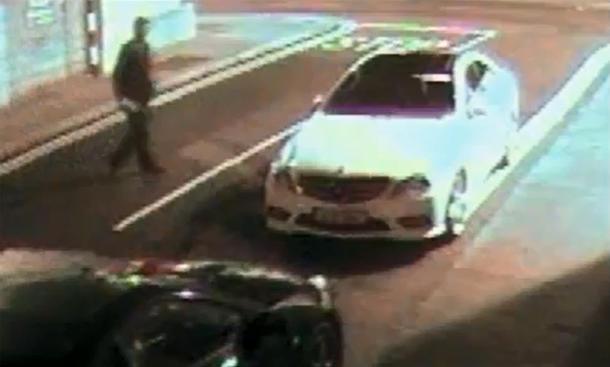 Video: Mercedes E-Klasse Coupé wehrt sich