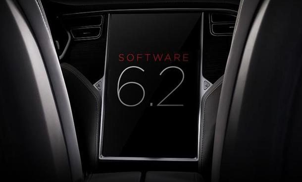 Tesla Model S Software Update Sicherheit Totwinkel-Assistent Reichweite